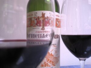 Vieille Cure 2005 Bordeaux Wine 300x225 La Vieille Cure, Contender for best Bordeaux Value Wine