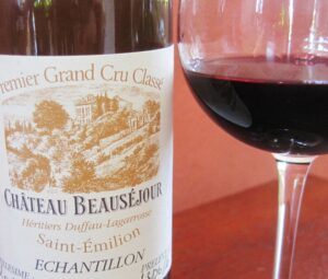 Beausejour 2009 glass 300x255 2009 St. Emilion Bordeaux Wine Pt 1 2009 Vintage Report