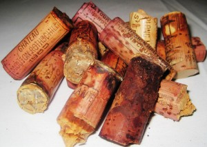 7 blind decades Corks 300x214 7 Blind Men tastes 7 decades of Bordeaux wine from the 20s 80s!