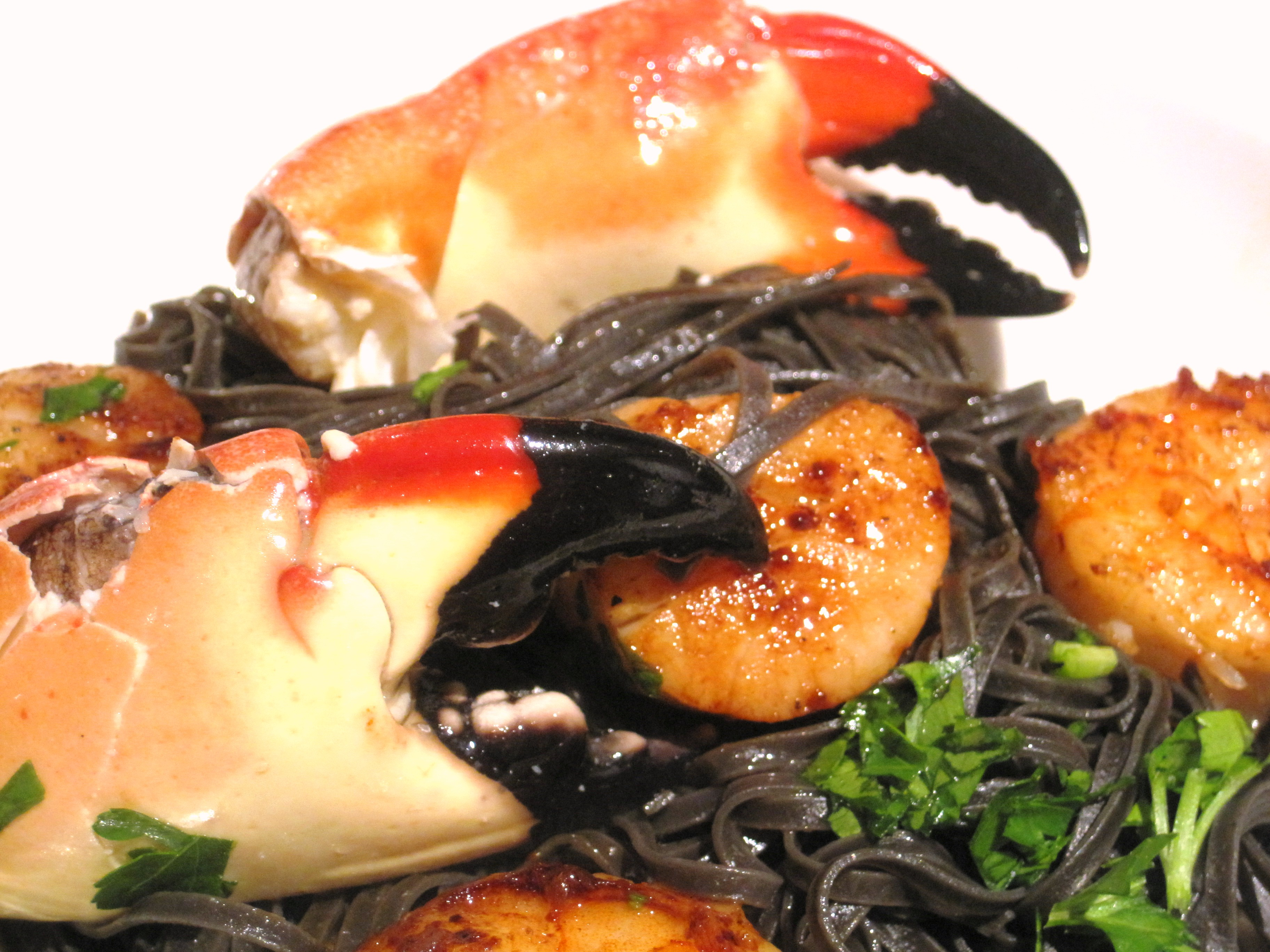 Squid Ink Pasta with Shellfish and Wine, Food and Wine Pairing