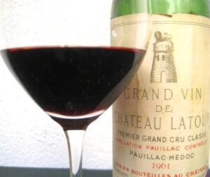 1961 L 300x253 1961 Bordeaux Wine Vintage Report and Buying Guide