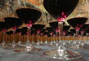 2005 300x208 2005 Bordeaux Wine Vintage Report and Buying Guide
