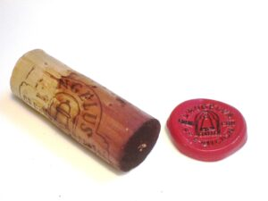 89 Angelus Cork 300x225 1989 Angelus Last Bottle Before Tasting 2010 Bordeaux Wine