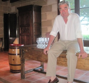 Chevalier Olivier bench 300x280 2010 Domaine de Chevalier hits 2 Home Runs with Red & White Bordeaux Wine