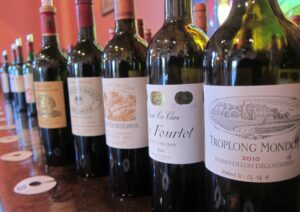 2010 St. Emilion Bordeaux Wine 300x212 2010 St. Emilion Bordeaux Wine Guide, Tastings Notes