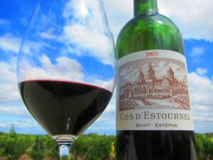 Cos dEstournel wine 300x225 2010 Cos dEstournel, 2003 Cos dEstournel with Jean Guillaume Prats