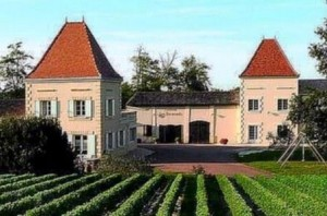 Les Bertrands Chateau 300x198 Chateau Les Bertrands Cotes de Blaye Bordeaux Wine, Complete Guide