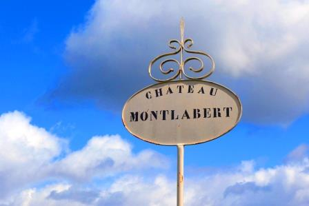 Montlabert Sign Chateau Montlabert St. Emilion Bordeaux Wine, Complete Guide
