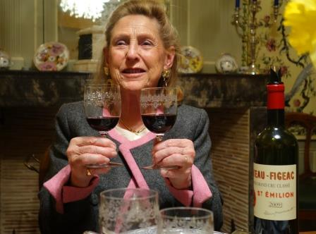 Figeac 2 glasses 2014 St. Emilion Vintage Report, Wine Tasting Notes, Ratings, Reviews